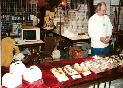 2002_Exposant patissier1
